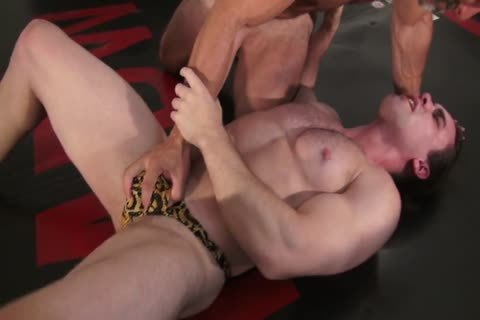 charming Daddy Dominates A lengthy-haired Younger man